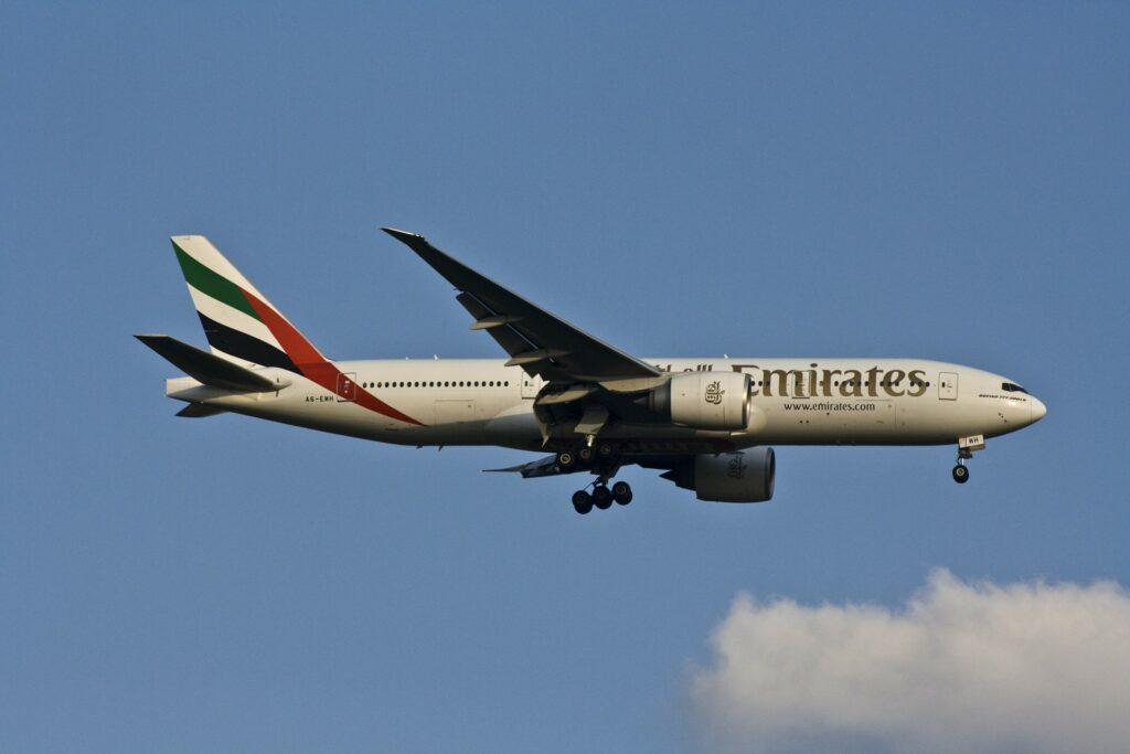 Emirates - Bei Flugausfall bis zu 600 Euro Entschädigung pro Person
