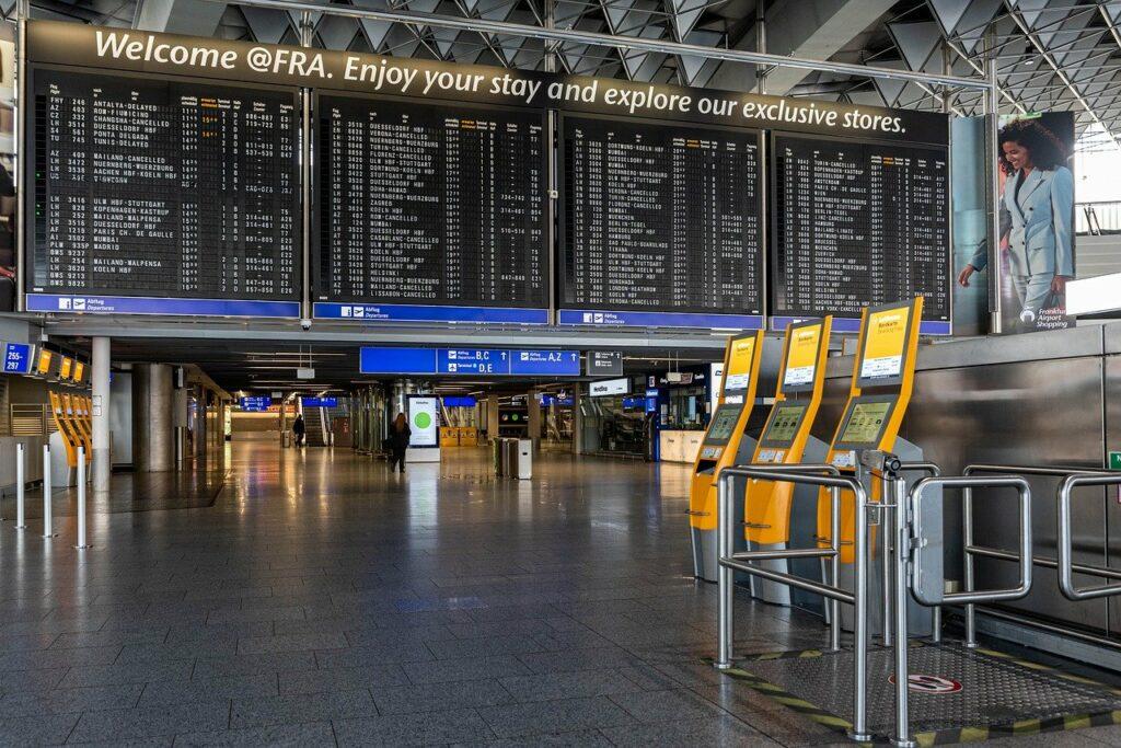 Flugausfall und Flugverspätung: Ticketkosten erstatten lassen