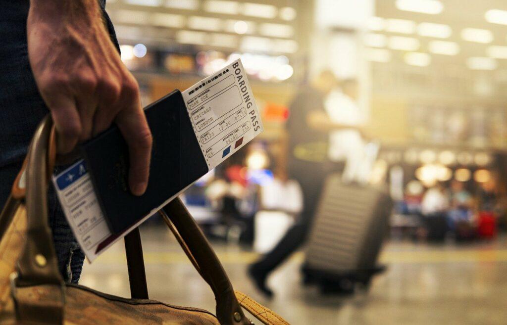 Anschlussflug verpasst Entschädigung bis zu 600 Euro pro Person ReiseRecht
